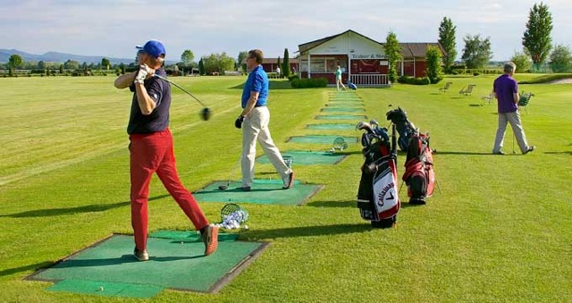 4 x Taster pergola for 2 persons € 22, – (in the group), Golf Campus